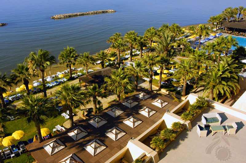Palm Beach Hotel in Larnaca Travel Guide