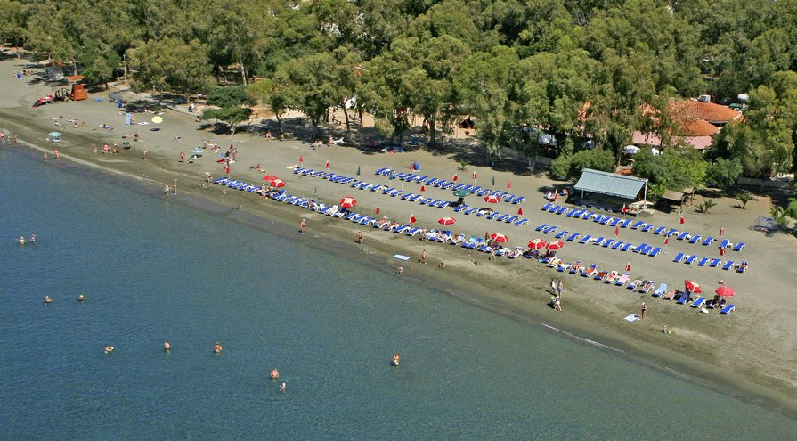 Dasoudi Beach in Limassol Best Beaches