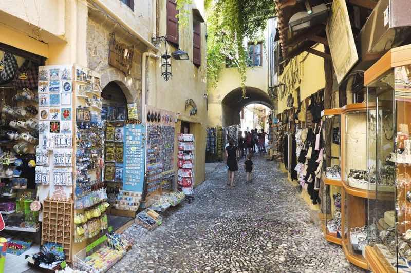 Laiki Geitonia in Nicosia Travel Guide