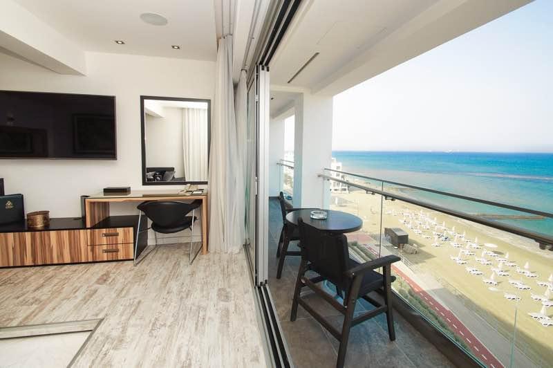 The Ciao Stelio Deluxe Hotel in Larnaca Travel Guide